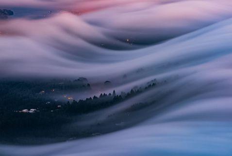 10 фантастичних знімків туману, які здаються абсолютно нереальними
