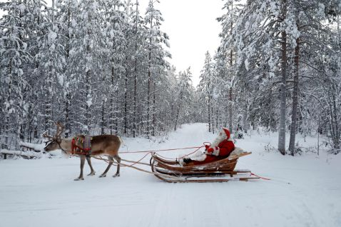 Село Санта-Клауса: як живе західний колега Діда Мороза