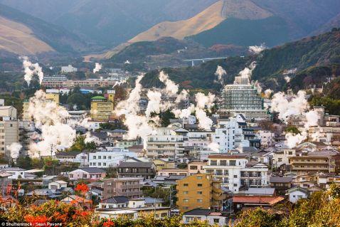 Японський місто на вулкані — шеол, де люди живуть, наче в раю