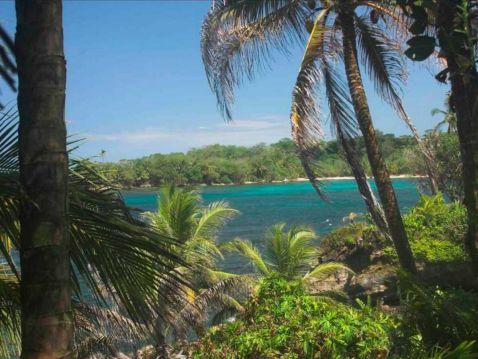 12 райських островів, які можна придбати прямо зараз