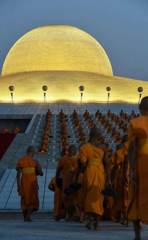 Космічний храм Таїланду Ват Пхра Дхаммакая