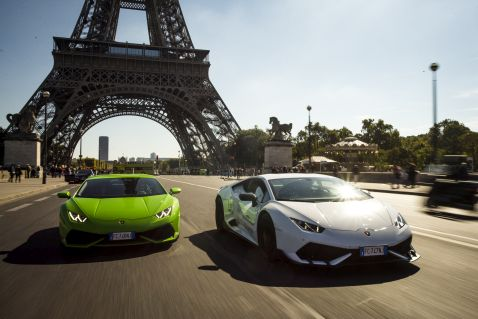 Гості готелів Waldorf Astoria за кермом новітніх моделей Lamborghini!