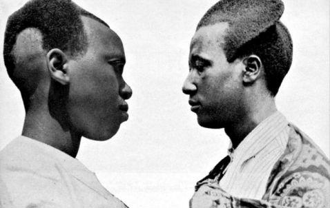 Ці 100-літні фото показують, якими були традиційні зачіски в Руанді