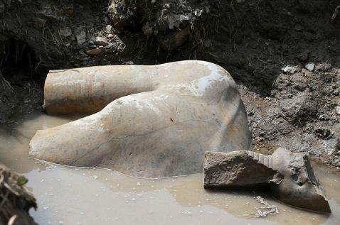 У Каїрі була знайдена статуя фараона Рамзеса II, вік якої 3000 років