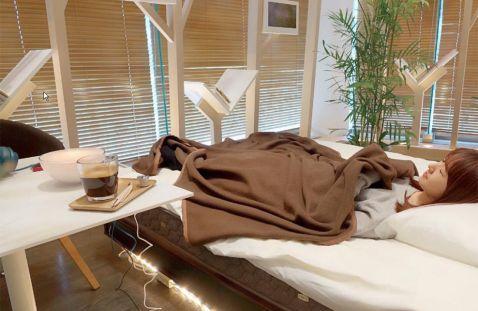 Перерва на сієсту: у Японії відкрили кафе з ліжками