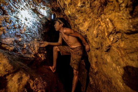 20 знімків з незаконних золотих шахт у Венесуелі, які наводять жах