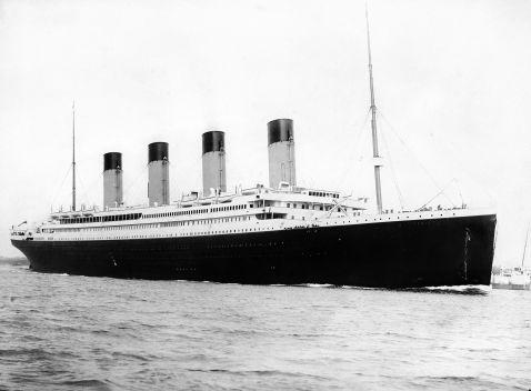 Новий «Титанік» знову зіткнеться з айсбергом! Туристи зможуть побачити катастрофу