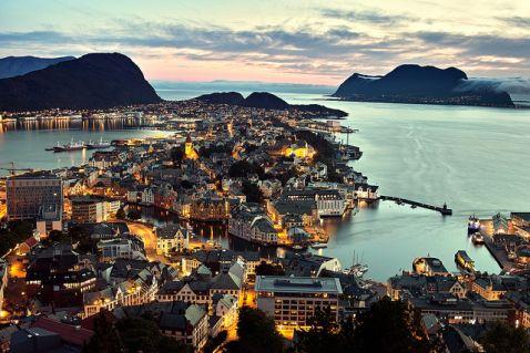 Топ-5 найбільш привабливих місць Норвегії