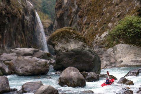 Екстрим фото тижня: Каякінг в Непалі