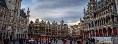 Брюссель — місто пива, шоколаду, квітів і мультфільмів